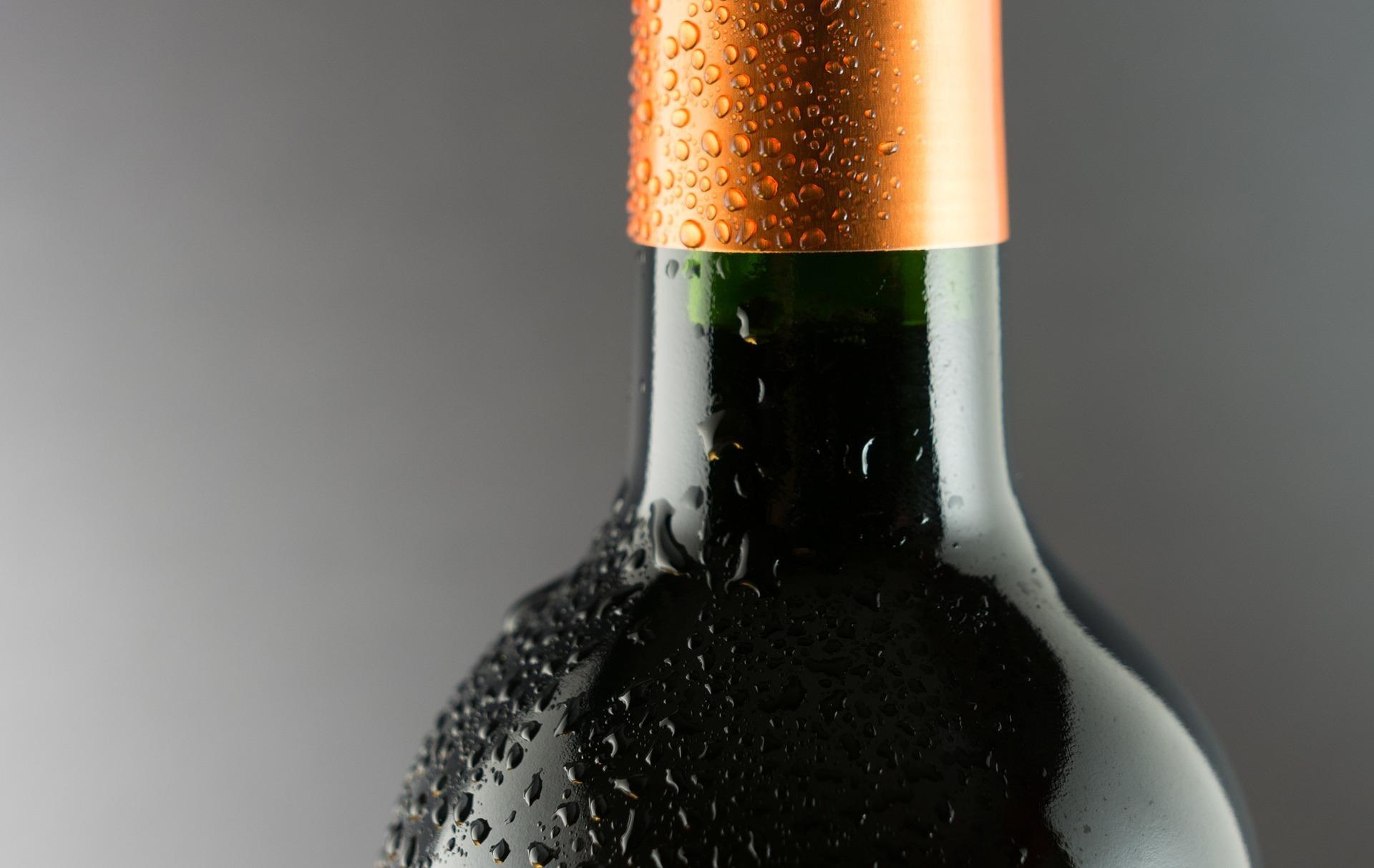 alcohol-1281605_1920.jpg